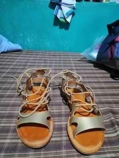 Preloved Syrup Strap Gladiator sandals
