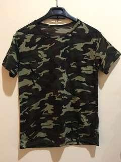 Tshirt atasan army