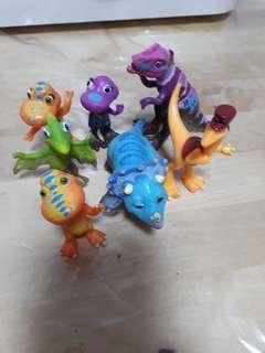 Dinosaur train figurines