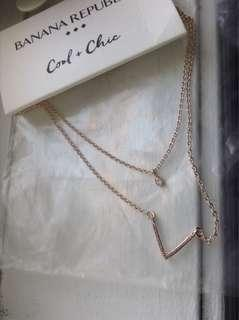 Rose gold dainty banana republic necklace