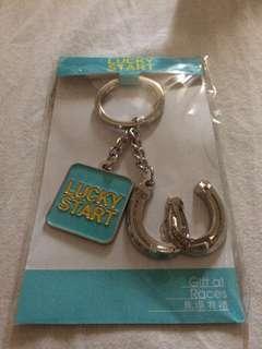 (全新、原裝) (brand New, HKJC)香港賽馬會 🐴好運鎖匙扣  (Brand New, Original) HKJC Lucky key chain  Lucky Start 🐎  全季行大運 🌈  Smart & lucky