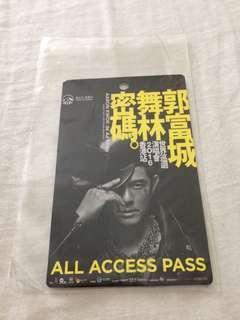 (全新,紀念,已過期,直板)郭富成舞林密碼世界巡回演唱會2016香港站 all access pass。  (Brand New, expired)Aaron Kwok world tour live in hong kong 2016 all access pass.  Straight version