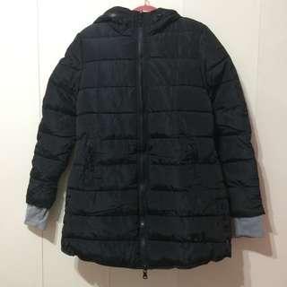 🚚 【喵喵-全新】黑色中長版鋪棉連帽外套 / 雙拉鍊設計 / 手套設計 / 吊牌未拆