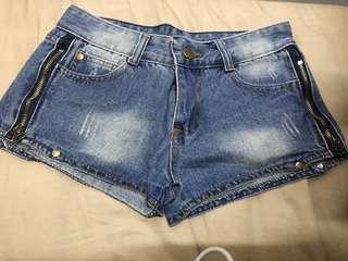 Denim Short 短牛仔褲