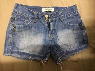 Juicy Girl Denim Short 牛仔短褲