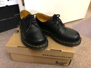 Docs 1461 Size 6 AU