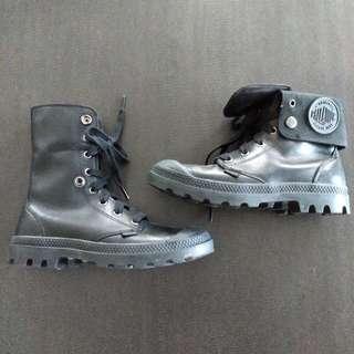palladium leather boots