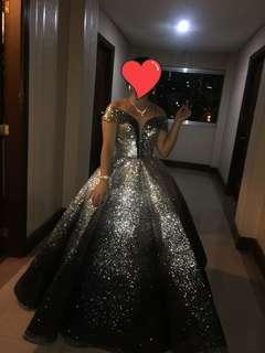 Black gown for rent