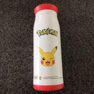 Pokemon Pikachu Thermos water bottle (m mall) 18.5cm x 7cm x 7cm