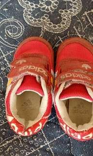 sepatu adidas pink