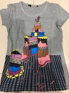New : Love Moschino Ice-Cream Ladies T-Shirt Gray  (size L fits from M)