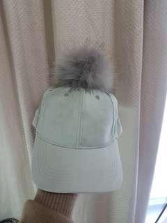 🚚 馬卡龍 球球絨毛棒球帽
