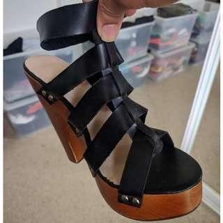 Block heels - Black - AS NEW