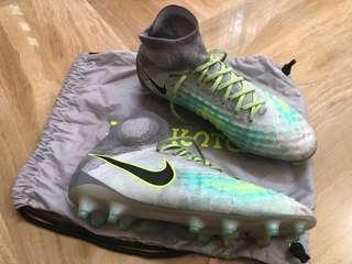 Soccer Boots - Nike Magista Obra II FG