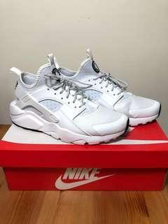 Nike Air Huarache 白武士