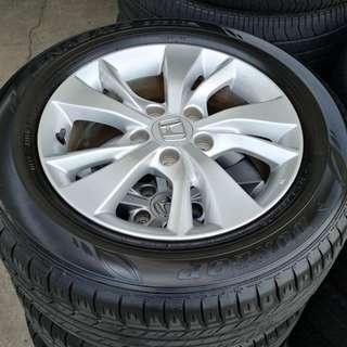 "Honda Vezel 16"" Stock Rim and Very Good Condition Tyres !"
