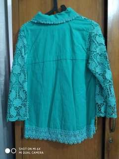 Baju hijau