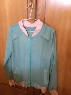🚚 綠色雪紡拼接色外套