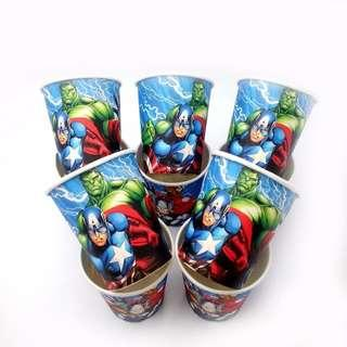 Superheroes Avengers party supplies - party cups
