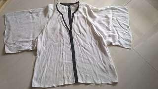 Preloved ZARA batwing white blouse