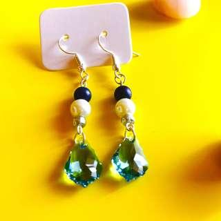 Earrings 'Shine' with blue crystals