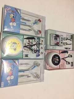 KPop idols earphones