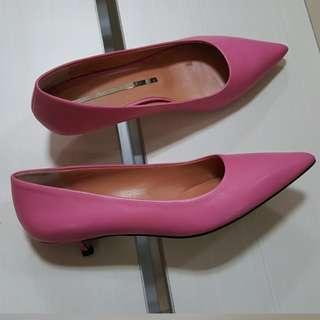 New - Staccato pink