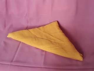 Jilbab square paris kuning kunyit
