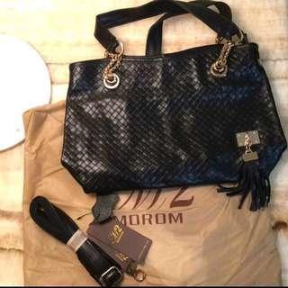 🚚 新年大降價🎉MOROM真皮絕版設計款名媛優雅又個性時尚流蘇玫瑰金釦編織兩用包