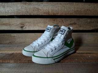 Sepatu Second Pony Sneakers Original Size 37,5 fit 38 Mulus No Minus