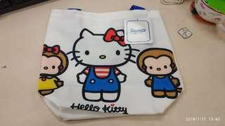 😻(New) Hello Kitty 午餐手挽袋 Lunch bag