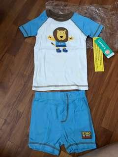 BNWT Authentic Carter's pyjamas set with 2 bottoms (tagged 2T)