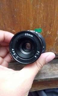 大陸鏡 25mm F1.4 連sony 轉mount