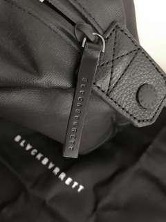 Blackbarret Handcarry Bag