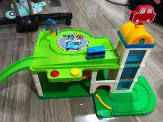 Authentic Tayo The Little Bus Toy Elevator Parking Garage Service Center Playset