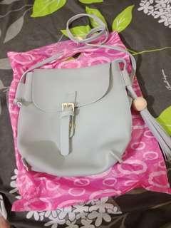 Tas sling wanita grey