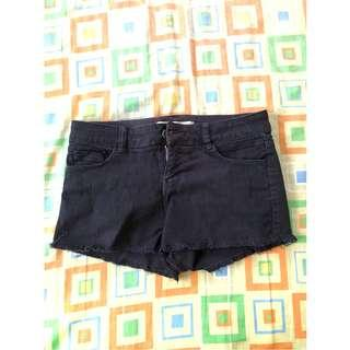 4 Pieces Assorted Women's Shorts