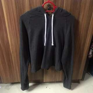 H&M DIVIDED Cropped Hoodie in Dark Grey