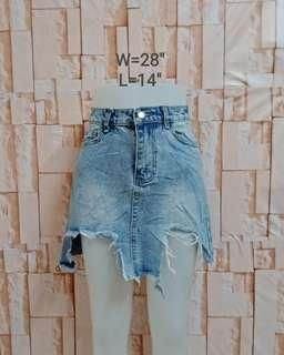 Denim tattered skirt