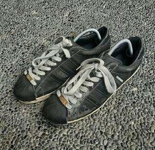 Vintage adidas superstar x neighborhood