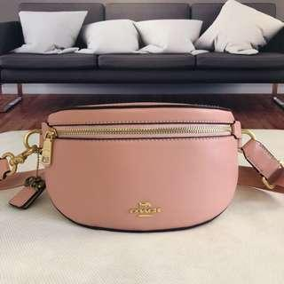 coach waistbag (available black&nude pink)