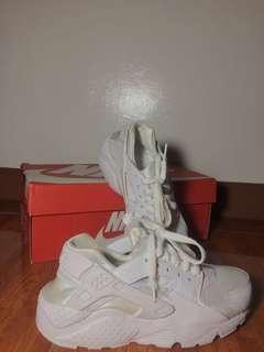 RUSH Nike Women Huarache Run