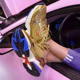🚚 Adidas Falcon