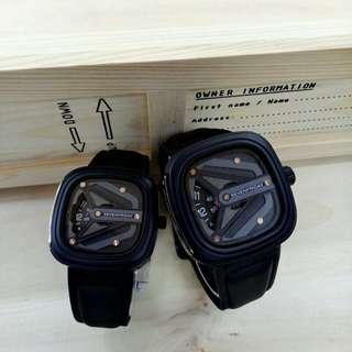 SevenFriday Couple