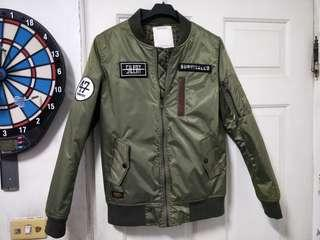 🚚 Survival MA-1鋪棉飛行外套,標示M號,約S號可穿