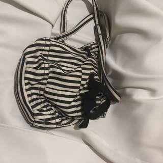 Rusty Sling Bag