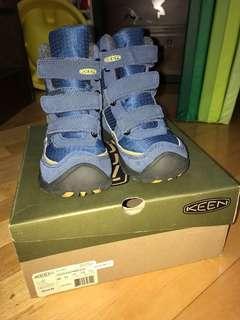 Keen 防水 雪鞋 Waterproof Snowboots