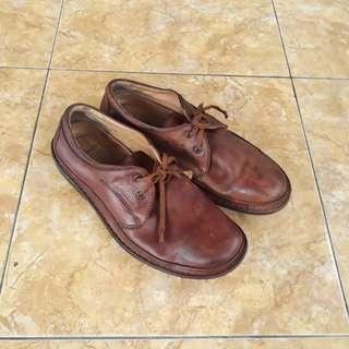 Sepatu Clark Active Air fit 42