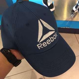 poshup Reebok Classic Cap