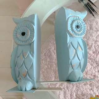 Distressed Pastel Blue Owl Bookends
